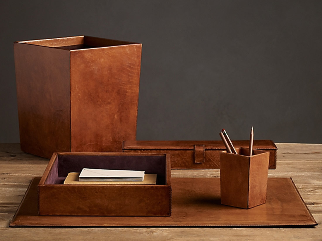 ARTISAN LEATHER DESK ACCESSORIE